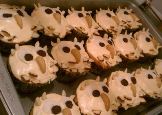 Kitsch Confections - More owl cupcakes for a woodsy-theme